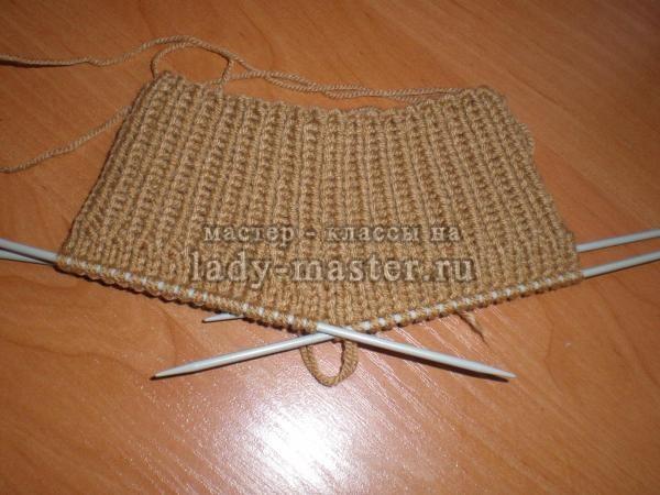 Вязание манишки для ребенка