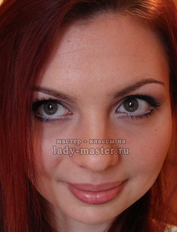 Как сделать легкий макияж для карих глаз, фото