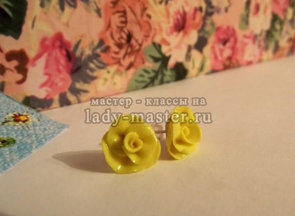 Серьги - розы из полимерной глины