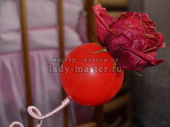 клеим первую розу