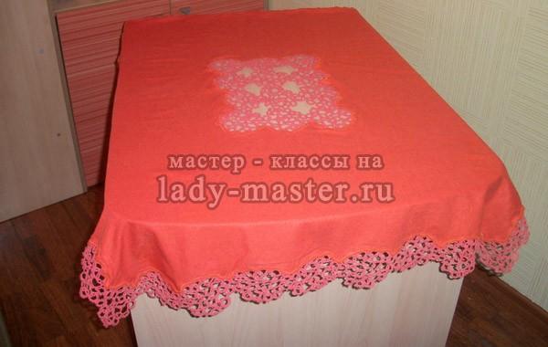 Скатерть из элементами плетения фриволите, фото