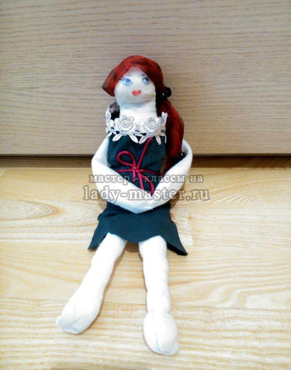 Простая куколка из лоскутков, фото