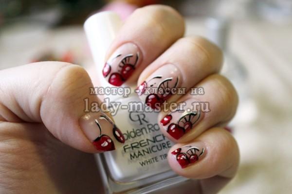 Модный маникюр с вишнями, фото