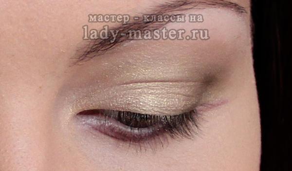 Легкий весенний макияж для серых глаз, фото
