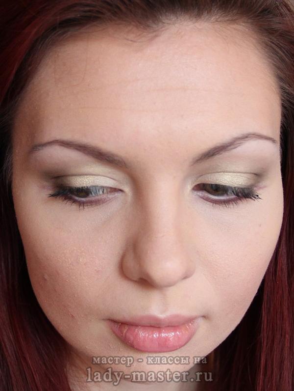 Легкий макияж для серых глаз, фото