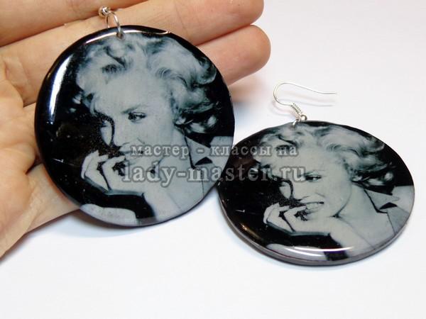 Серьги с изображением Мерлин Монро в технике декупаж на полимерной глине, фото