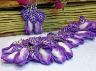 Красивый авторский браслет из полимерной глины.  Лепка цветов и листьев из пластики