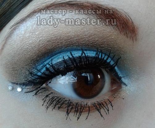 Голубой вечерний макияж, фото
