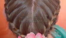 Плетение кос в виде сердца
