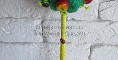 Топиарий «Яблочки» своими руками