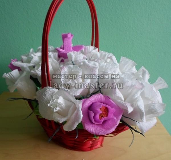 букет из конфет с розами, фото