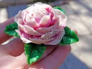 Универсальное украшение – брошь-заколка с крупным цветком из полимерной глины своими руками