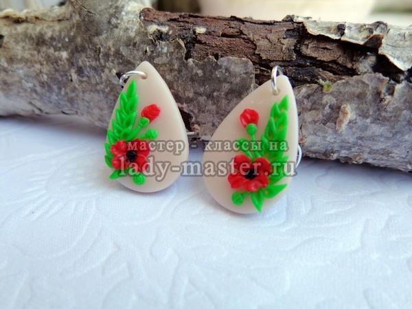 Серьги из полимерной глины с цветами мака, фото