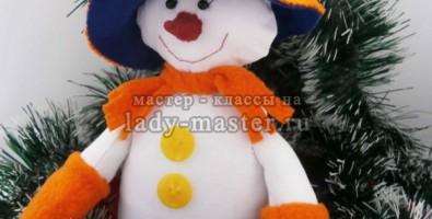 Веселый снеговичок своими руками