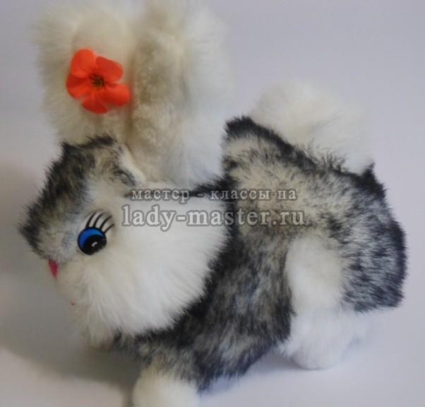 Мягкая игрушка заяц с длинными ушами, фото