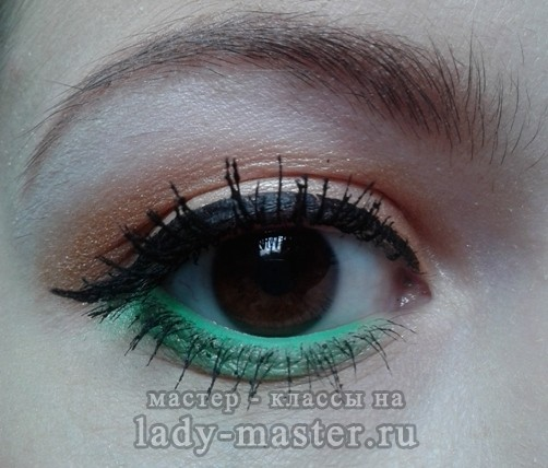 макияж +с зелеными тенями пошагово, фото