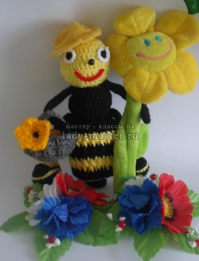 вязаная пчелка крючком, фото