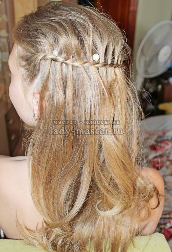 коса с вьющимися локонами, фото