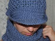 Модная шапочка с козырьком крючком — вяжем за 1 вечер!