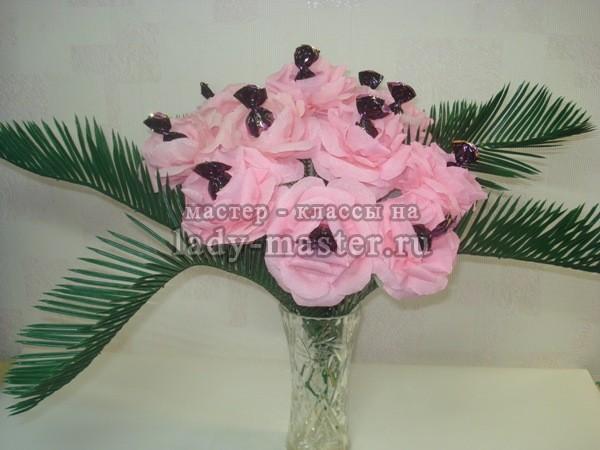 букет из конфет розы фото
