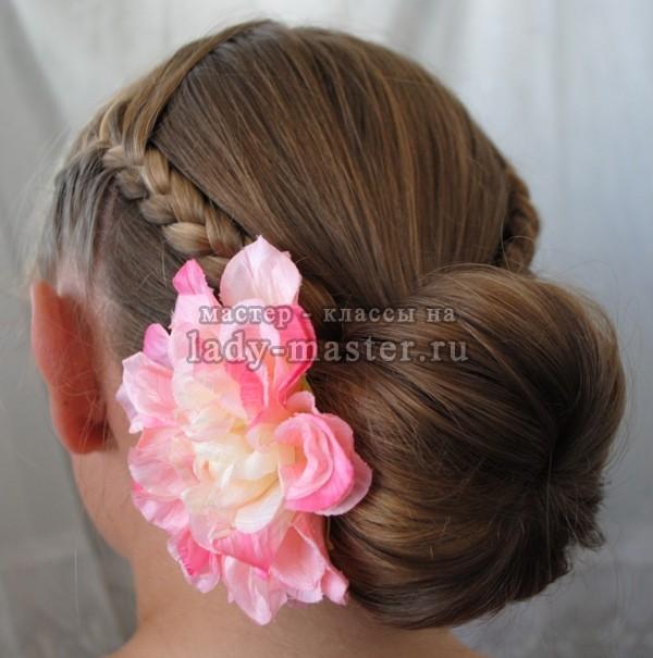 объемный пучок из волос, фото