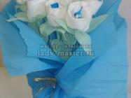 Букет сладких белых роз