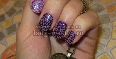 Праздничный маникюр в фиолетовых тонах «Пурпурная эйфория»