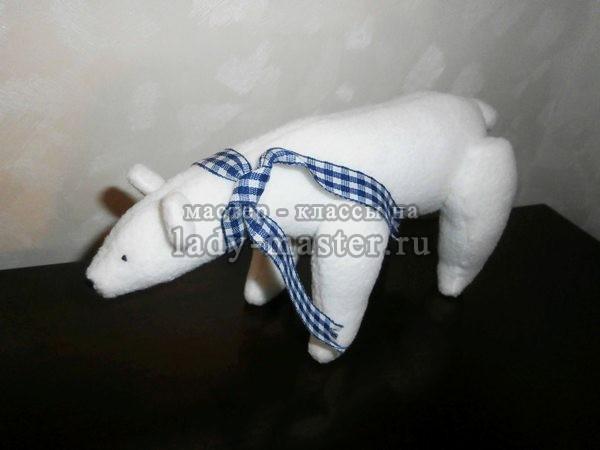 белый медведь своими руками, фото