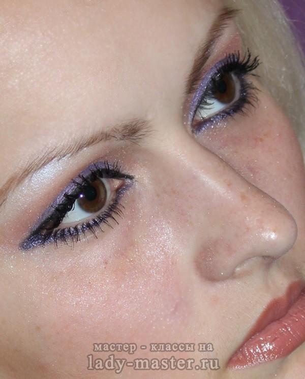 Макияж фиолетовыми тенями, фото