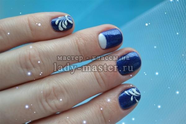 Модный зимний маникюр в синих тонах — делаем в домашних условиях