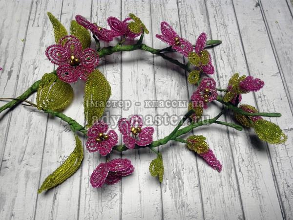Цветы из бисера в горшках мастер класс с пошаговым