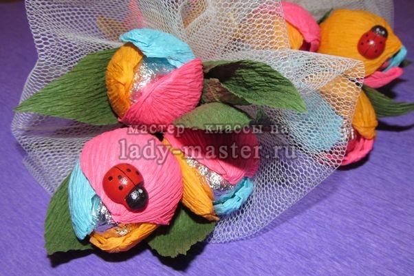 Букет тюльпанов из конфет для маленькой принцессы