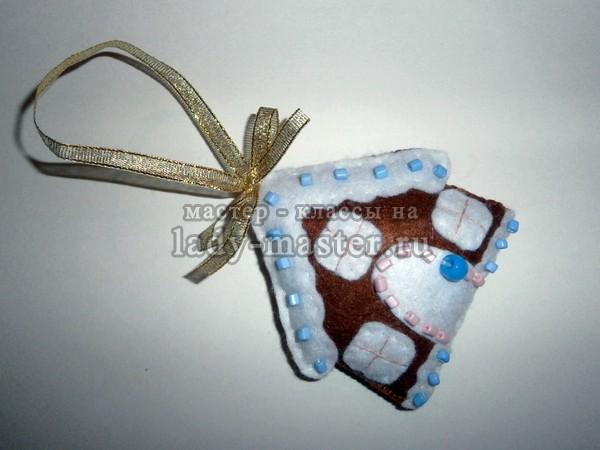Елочная игрушка «Пряничный домик» своими руками