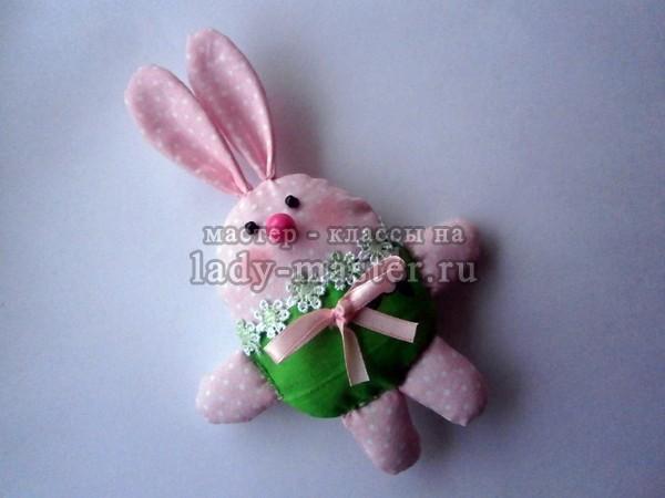 Маленький пасхальный кролик своими руками