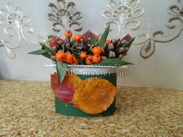 цветы из шишек, фото