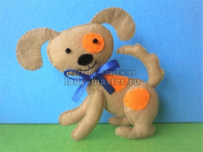Мягкая игрушка «Пятнистый щенок из фетра»