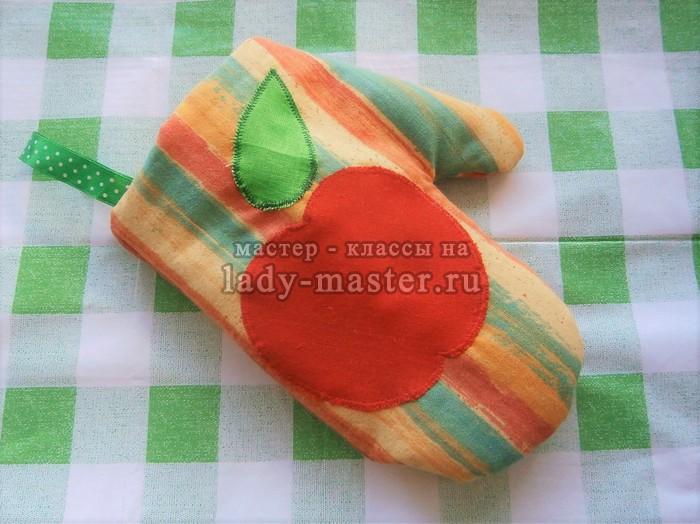 Прихватки для кухни своими руками из ткани