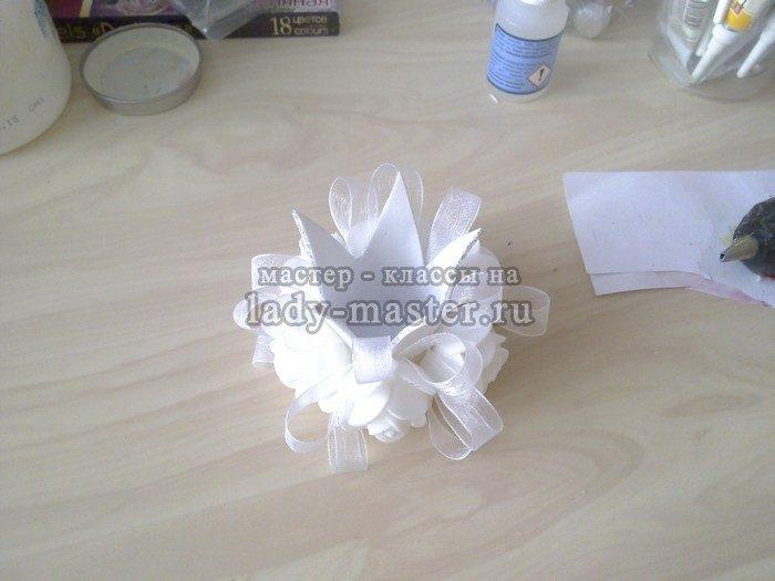 декор короны розами из фоамирана
