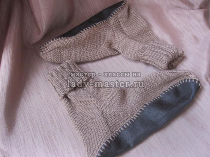 Вяжем носки с подошвой для ребенка