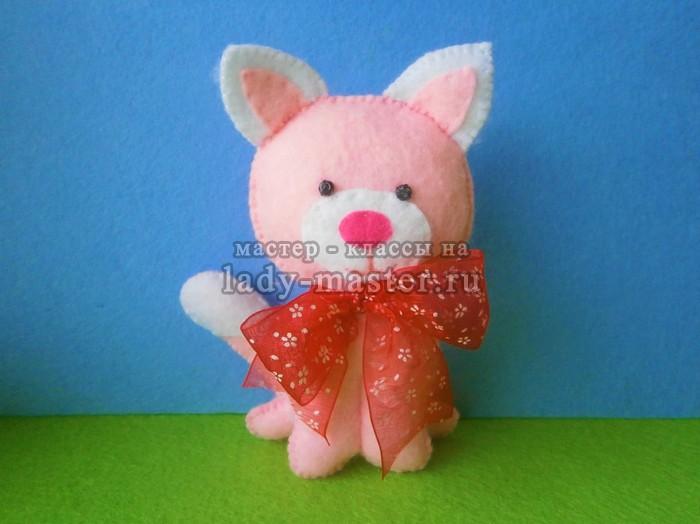 Розовый котенок из фетра