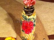 Весенний декупаж бутылки на 8- марта