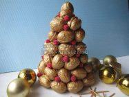 Декоративная елка из грецких орехов своими руками