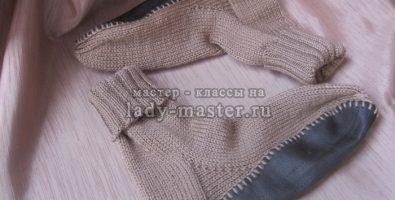 Как связать домашние тапочки-носки с подошвой спицами