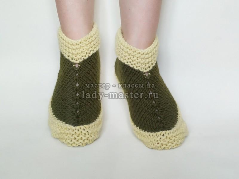 Теплые тапочки-носочки на двух спицах
