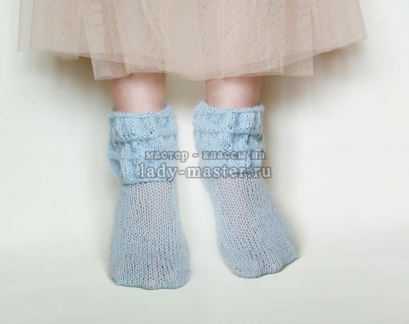 Как связать ажурные носки спицами — подробное описание
